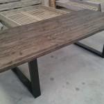 table pied en metal 5